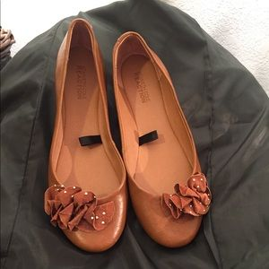 Kenneth Cole Brown Ballerina Flats